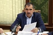 Ю. Евкуров призвал население республики сообщать о всех замеченных нарушениях безопасности